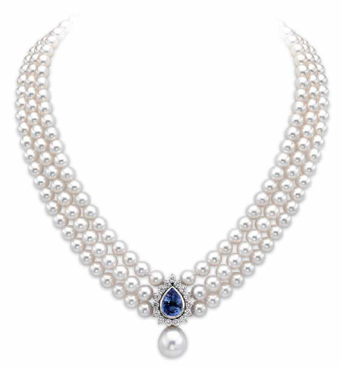 Pearl Necklace Image